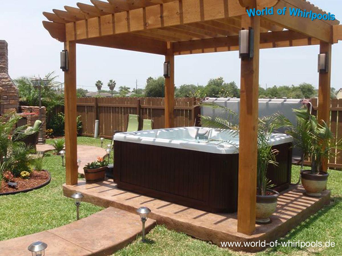 Whirlpool Im Garten Charme Badetonne: Haus